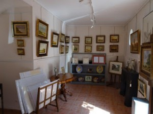 画家たちに愛される村・バルビゾンをツーリング(2)画廊に入ってみた