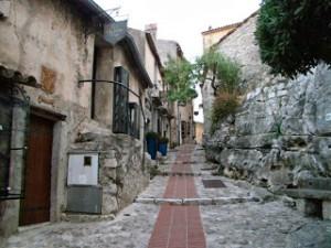 南フランスEze(エズ)観光レポート(2) 村の街並みとおすすめのお土産