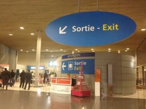 「シャルル・ド・ゴール空港」ターミナル2Eから2TGV駅への行き方