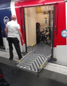 パリのバリアフリー事情(6)エレベーターの場所を知らない駅職員も