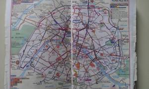 パリのバリアフリー事情(4)車いすやベビーカーに優しいバス