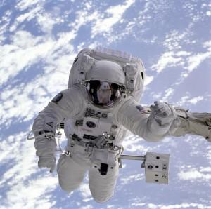 フランスで人気の宇宙飛行士体験とは?AEROKARTのChute libreをご紹介!