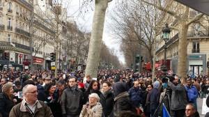 パリ同時テロ事件(1)ドキュメント 1月7日…事件発生時