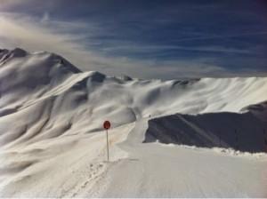 南アルプスVal d'Allosでスキー(2)色分けされたゲレンデ
