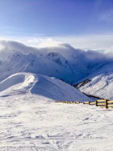 南アルプスVal d'Allosでスキー(1)標高2500メートル!