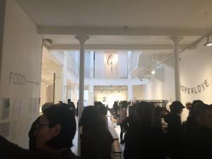 ネイルに美容室も…日本人による大規模チャリティ 「HOPE & LOVE DAY」