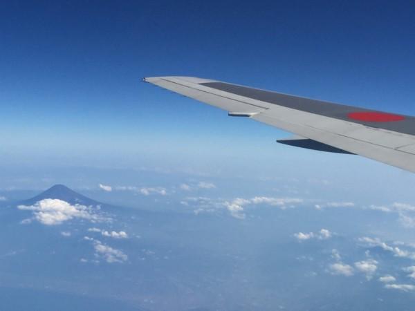 日本 フランス 飛行機 時間