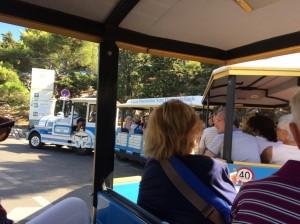 プチトランに乗って大聖堂へ! マルセイユの旅3