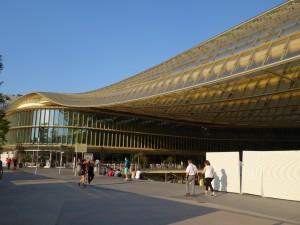 フランス街角ぶらり旅3  いま話題の商業施設「Forum des Halles」
