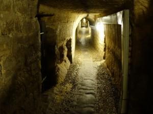 フランス街角ぶらり旅2 パリのダークスポット「Catacombes」