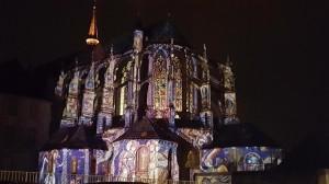 夏の夜を彩るシャルトル光の祭典(Chartres en Lumières)