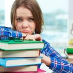 教科書と女性