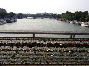 ゆったりパリ散歩(2)パリ好きが教えるおすすめ散策コース