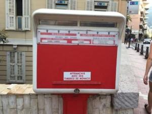 なぜ?モナコの郵便ポストにフランス語で注意書きがされている理由
