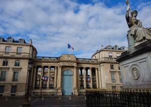 2018年4月17日 フランス国鉄改革法案 国民議会の投票で賛成大多数