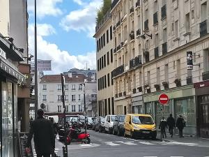 パリにはもう中産階級は住めない?5月3日 議会で市民グループが意見書提出
