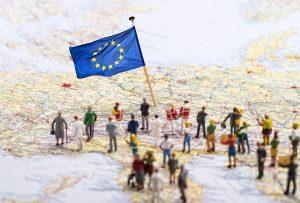 EUに「移民庁」設立案 仏・独首脳会談で共同声明