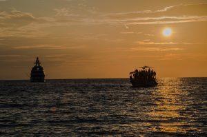 6月26日 マクロン大統領、「Lifeline」乗船の移民を一部受け入れると表明