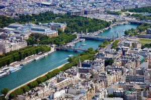 7月7日 パリの夏の風物詩 パリ・プラージュが始まる