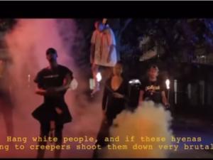 「白人を吊るせ!」、パリ黒人ラッパーの「白人差別」歌詞が大スキャンダルに発展