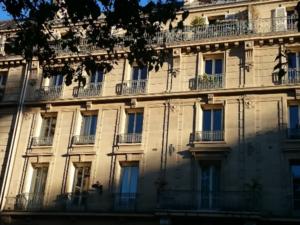 パリの平均家賃は1065ユーロ、アパート探しは困難!?