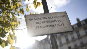 パリでの同時多発テロから3年、テロ発生の劇場は活気を取り戻す