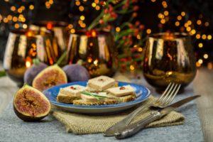 フォアグラ、牡蠣、サーモン 国民の約4割がクリスマスの伝統的な食事に懸念