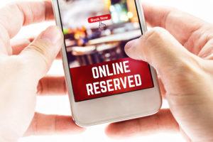 レストラン予約サイト「ラ・フルシェット」 パリ郊外や地方にも拡大