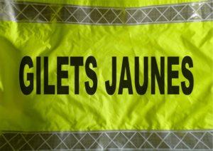 本来の「平和的な黄色いベスト運動」を! 各地で女性だけの「黄色いベスト運動」