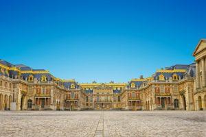 ヴェルサイユ宮殿 349年前にに注文した赤大理石がようやく届きそう
