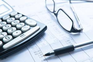 法人税の引き下げ、4月まで議論を凍結