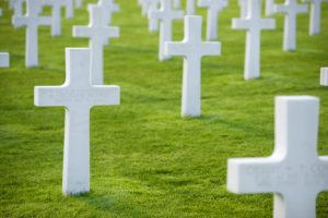 トランプ大統領、ノルマンディー上陸作戦75周年記念式典に出席を表明