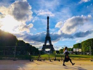 YONNEの「パリ暮らしはじめました」