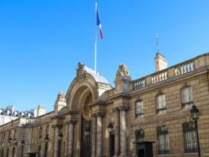フランス大統領官邸エリゼ宮の経費の内訳は お皿の購入におよそ4,000万円