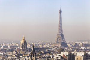 深刻な大気汚染を受け、火曜日から二日間パリで厳しい交通規制