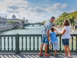 フランス訪問者数、黄色いベスト運動で減少するも4~6月は上昇に