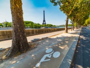 パリを世界一の自転車都市に バスティーユ広場からコンコルド広場まで自転車専用道開通
