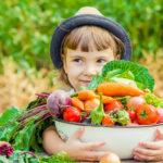 野菜と女の子