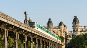 フランスで日常茶飯事の「電車遅延」上手に対応するには?