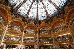 フランスのデパートで楽しくショッピングしたい!
