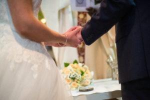 """フランスで事実婚制度""""パックス(PACS)""""が結婚を上回るか"""