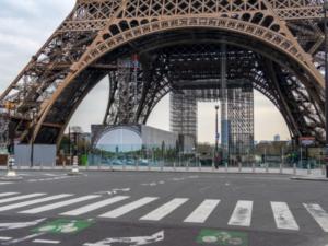 フランス 新型コロナウイルス 死者2,606人 外出禁止4月15日まで延長