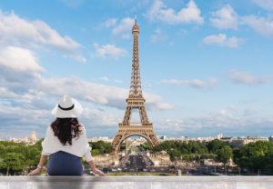 コロナ禍の夏のパリ観光、エッフェル塔を独り占め?