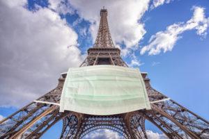 パリ、全面的にマスク着用義務 コロナ感染者急増で