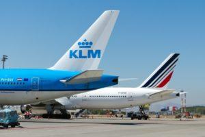 エールフランス航空、日本発便エコノミークラスにお得な「ライト」が登場