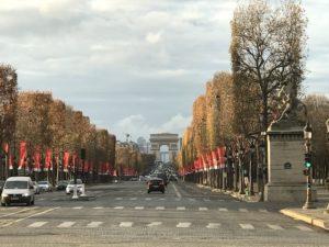 フランス ロックダウン続行も行動制限軽減へ 本日大統領発表に注目