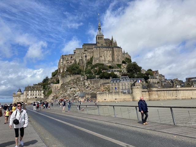 フランス観光業 ポストコロナで復活なるか?