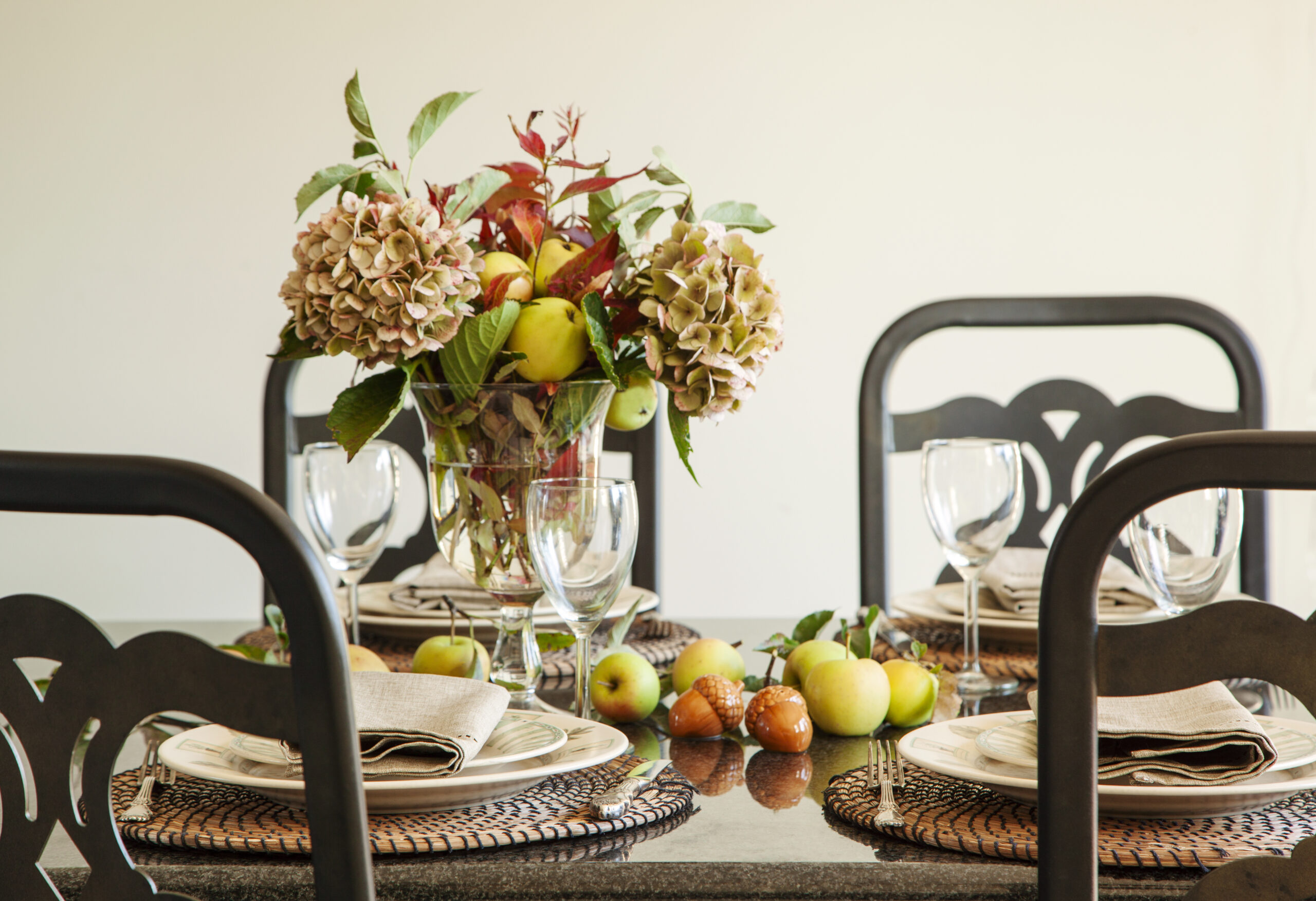 秋のテーブルデコレーション