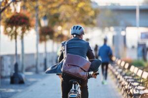 フランス 電動自転車の部品不足で購入「1年待ち」