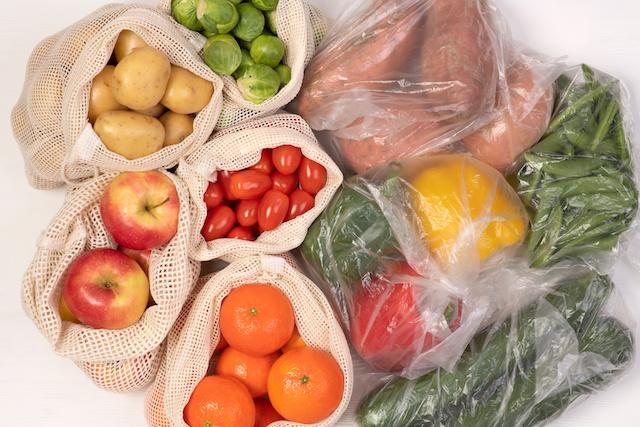 フランス脱プラで野菜や果物のプラ包装禁止へ